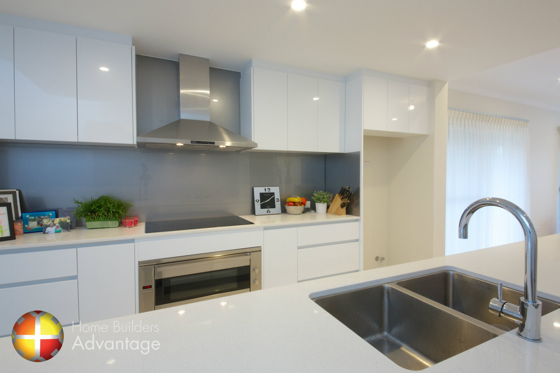 Modern kitchen designs perth seamless modern kitchen for Kitchen designs perth
